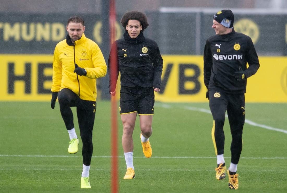 The-belgians-of-the-city-of-Dortmund-the-resume-of-the-training-sessions-in-small-groups-It-is-important-to-get-back-on-the-field