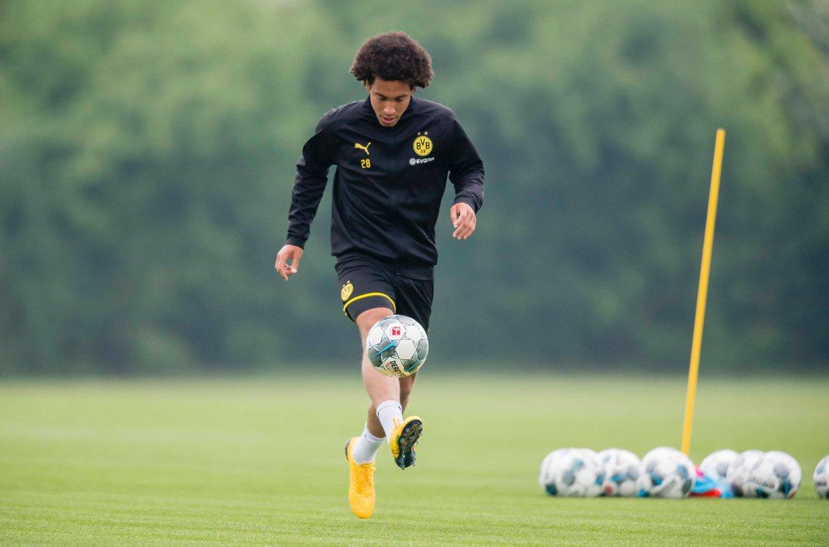 axel-witsel-training-resumes