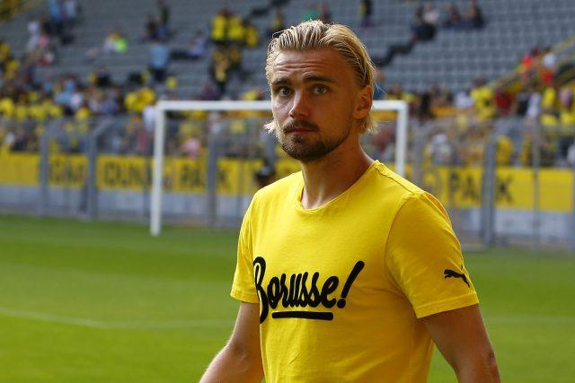 Marcel-Schmelzer-Dortmund-knee-injury-ruled-out
