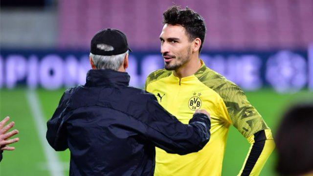 Dortmund-Favre-Back-Three